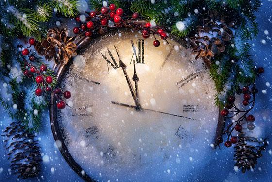 clock-before-midnight